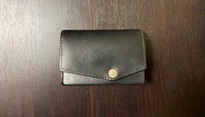 【1年経過】アブラサス「小さい財布」の長期使用レビュー【ブッテーロレザー】